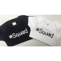 Squad black or white simple top