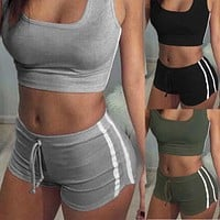 2Pcs Women Summer Clothing Set Sleeveless Crop Top Shorts Tracksuit Set Women Casual Clothes Set Suit