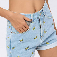 CWLSP Women's Banana Embroidery Denim Shorts 2016 Summer Boyfriend Rolled Short Jeans  Femme 100% Cotton Shorts Plus size XL