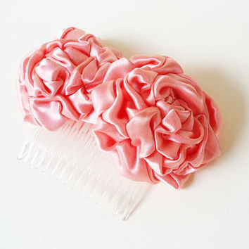 Bridal Flower Hair Combs, Wedding Floral Hair Accessories, Peach Pink Coral Rosette Satin Fabric Flowers Haircombs Bridesmaids Hair Pieces