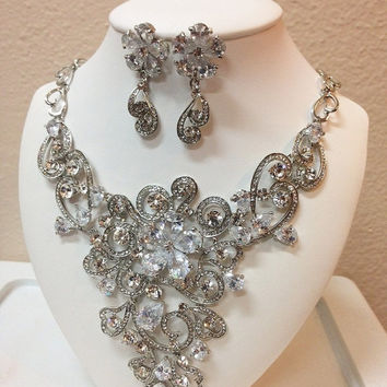 Bridal jewlery, Bridal back drop bib necklace earrings, vintage inspired Cubic Zirconia bridal necklace statement, wedding jewelry