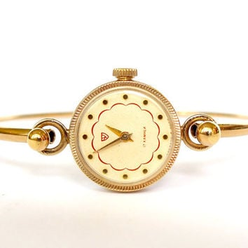 Womens Watch Bracelet Chaika (Seagull). Vintage Ladies Mechanical Watch. Tiny Gold Plated Womens Watch. Bracelet Watch For her. Gift For Her