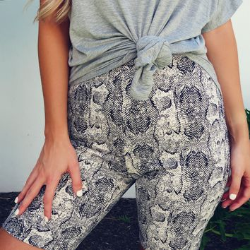 Come This Way Biker Shorts: Multi
