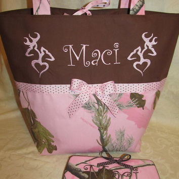 Custom Handmade Realtree pink camo camouflage he she buck doe heart deer diaper bag and travel wipe case you choose name