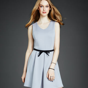 Bow V-Neck Graduation Dress