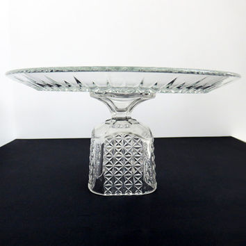 Clear glass wedding cake stand - Diamond cake plate on pedestal - Cake Platter - Truffle pedestal Cupcake stand