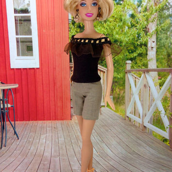 Barbie Doll Clothes - Tan Shorts and Dark Brown Top with Earrings, Bracelet, and Shoes