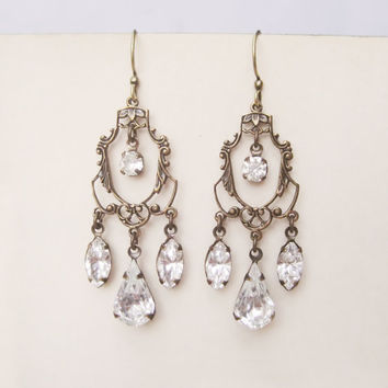 Vintage Rhinestone Bridal Earrings // Chandelier Earrings, Clear Crystal, Estate Style, Wedding Accessories, Bridal Jewelry, Jewellery