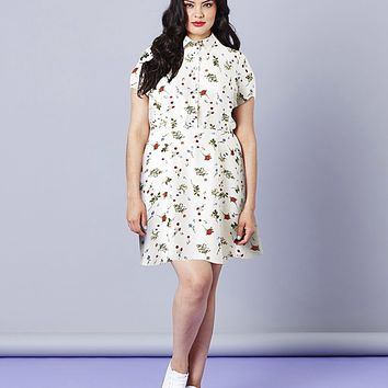 Simply Be Ditzy Print Tea Dress | SimplyBe US Site