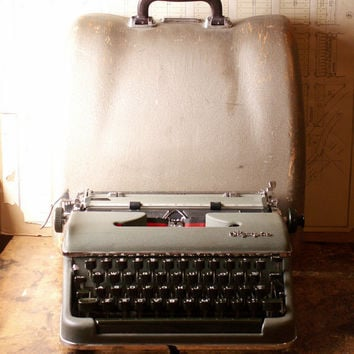 Vintage Olympia De Luxe Portable Typewriter in Case - Made in Germany