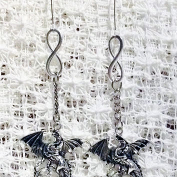 DRAGON INFINITY Earrings Pierced earrings inspired by Game of Thrones