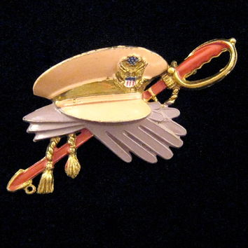 Little Nemo Military Hat Sword and Gloves Sweetheart Pin - Book Reference