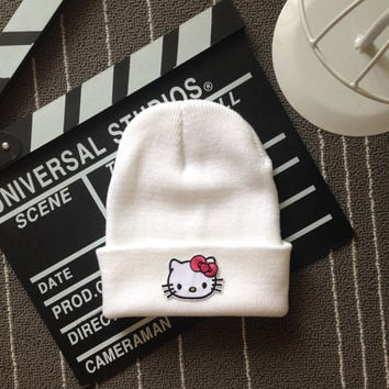 Hello Kitty Head Embroidered Patch Womens & Mens Beanie Wool Knitted High Quality White Cuffed Skully Hat