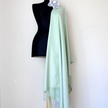 Light Spring Green Shawl, Solid Color Pale Green Pashmina, Cashmere Silk Scarf, Elegant Wrap, Bridesmaid Gift, Wedding Shawl, Flower Brooch