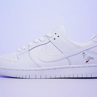 "Staple x Nike SB Dunk Low Sneaker ""Peace dov""304292-100"