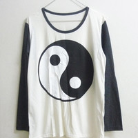Unisex Men Women long sleeve t shirt size S M L Yin Yang shirt crew neck