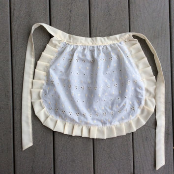 Small white Cotton Lace ruffled apron, After Holiday gift for Girl French Maid apron, House warming gift for Her, Old Fashioned cafe apron