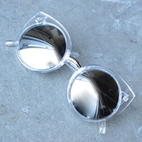 Quay China Doll sunglasses