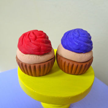 Cupcake for American Girl & 18 In Dolls, Doll Sized Food