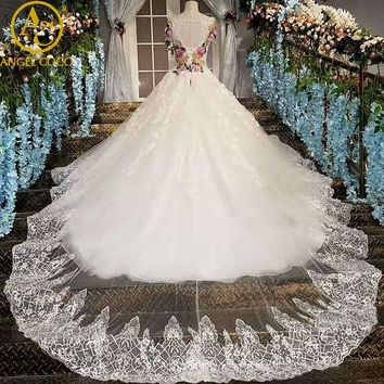 Gorgeous Embroidery China Bridal Gowns Shiny With Crystals Luxury Wedding Dress Long Tailing White Princess Weeding Dress 2017