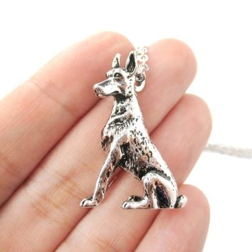 Realistic Doberman Pinscher Puppy Dog Shaped Animal Pendant Necklace in Shiny Silver