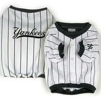 ONETOW New York Yankees Alternate Style Dog Jersey