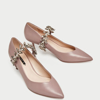 KITTEN HEEL SHOES WITH BEJEWELLED STRAPS DETAILS