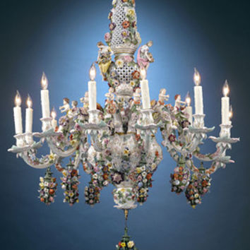 Meissen Porcelain 12-Light Chandelier