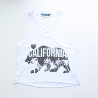 SUMMER CALI RACERBACK CROPPED TANK