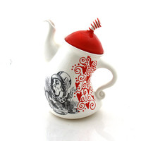 Alice in Wonderland teapot, mad hatter tea party, we're all mad here, red hearts