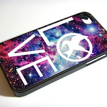 Love The Hunger Games - Print on iPhone 4/4s Case - iPhone 5 Case - Samsung Galaxy S3 - Samsung Galaxy S4