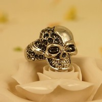 MagicPieces Rhodium Plated Alloy Skull Ring with Rhinestone for Women Color Dark Silver, Gold Tone and Rose Gold in US 6 and US7