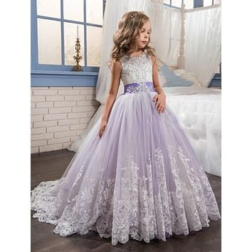 Purple Lace Flower Girls Dresses For Weddings Beads Ball Gown First Communion Dress Sweep Train Little Girls Pageant Gowns