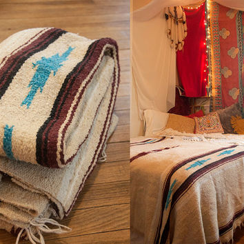 """Turquoise and White Wool Mexican Camp Blanket   Vintage 1980s Bohemian Twin Full Queen Southwestern Bedspread 51 x 80""""   Boho Hippie Gypsy"""
