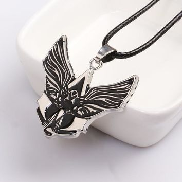 Hot Steampunk Assassins Creed Necklace Wing Letter Neckless Man Anime Jewelry Collier Homme