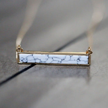 Howlite Marble Bar Necklace - White