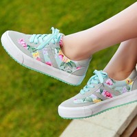 Floral Printed Canvas Shoes