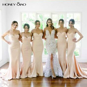 Honey Qiao Blush Mermaid Bridesmaid Dresses 2017 Strapless Backless Zipper Court Train Prom Party Gowns Robe De Soiree