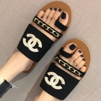 CHANEL New female summer belt buckle fashion word buckle flat diamond slippers sandals Black