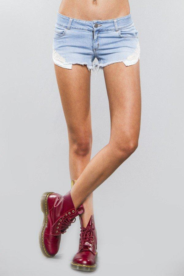 Melville lace shorts