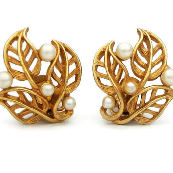Gold Tone and Faux Pearl Openwork Leaf Clip On Earrings - Open Design Work Triple Three Leaves Clip Earrings - Vintage Jewelry
