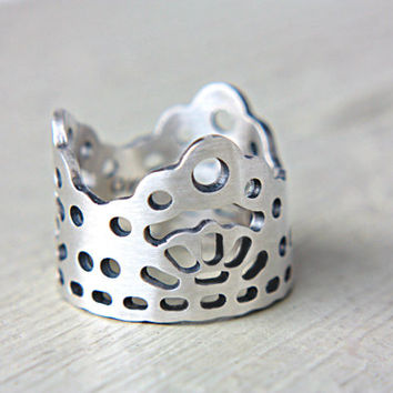Modern Lace Crown Ring Band Sterling Silver Wedding Ring Lace Ring Crown Ring Gothic Wedding Ring