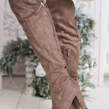 Found Treasure Lace-Up Boots (Dark Taupe)