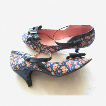 Lovely Vintage 1950's style Floral Mary Janes Peep Toe / size 39