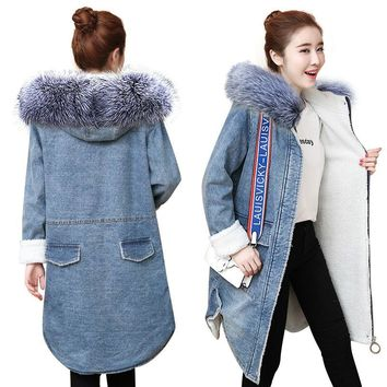 Very warm Denim Jacket for women new 2018 European women long chaqueta winter Wool lining jean Coat Female Hooded Thicken Jacket