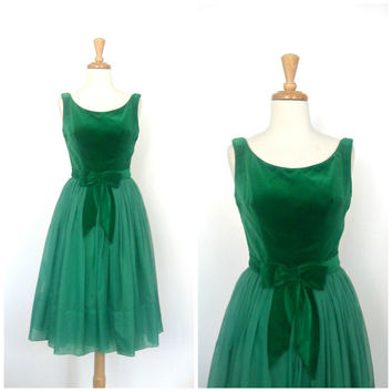 1950s Party Dress / full skirt dress / Emma Domb / cocktail dress / fit and flare / emerald green / holiday dress / S