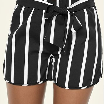 Black & White Belted Stripe Shorts | VENUS