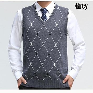 New Men's Casual Wool Sweater Pullover Tops Sleeveless V Neck for Autumn Winter Basic Knit Vest Men's Fashion Clothing T021310