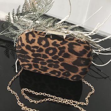 Dangerous Leopard Clutch