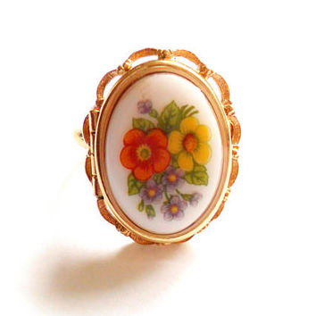 Vintage Avon Locket Ring - French Floral - Gold Tone Metal - Adjustable Band - Orange Yellow Purple - Transfer Portrait - Poison Ring